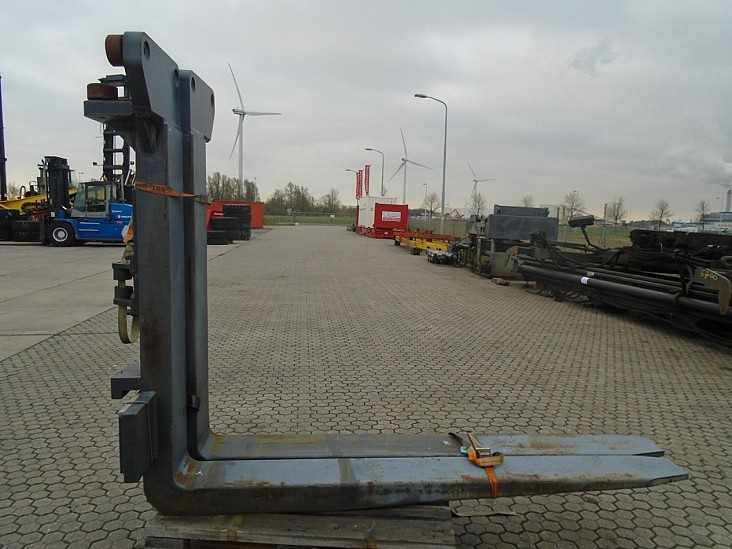 forksFitted With Rolls,Kissing Forks 28000kg@1200mm/ 2200x250x120mm