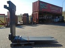 Fitted with Rolls, Kissing Forks 28.000kg@1200mm // 2400x300x110mm