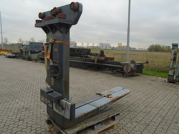 FORK Fitted With Rolls,Kissing Forks 28000kg@1200mm/ 2200x250x120mm 1